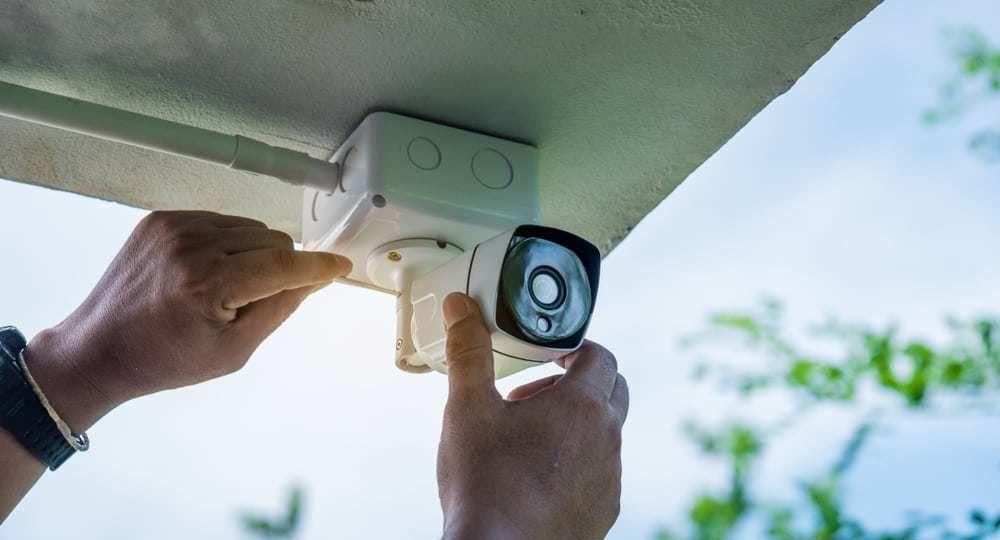 parceria-com-andre-iuji-tecnicos-de-cftv-instalador-cameras-e-alarmes-equipamentos-seguranca-eletronica-intelbras-sao-paulo-praia-grande-baixada-santista-litoral-paulista-sp-brasil