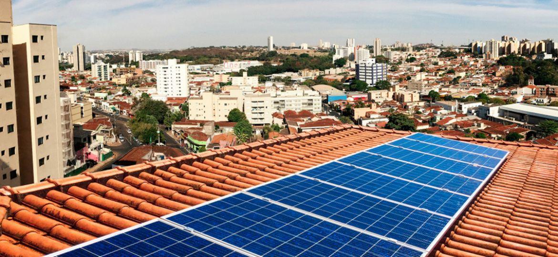 como-funciona-a-energia-solar-em-residencias